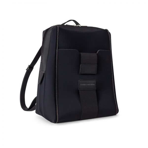 backpack-nero-lato