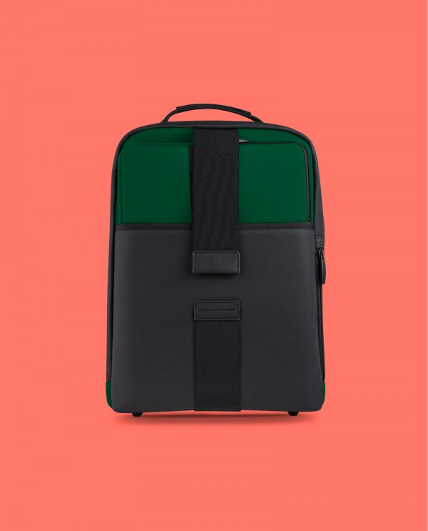 backpack-tech-kale-01